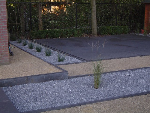 Vergo groen en advies hoveniersbedrijf voor tuin ontwerp aanleg en onderhoud foto 39 s - Geplaveid voor allee tuin ...